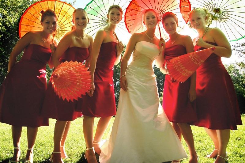 bridesmaid-maroon-dresses