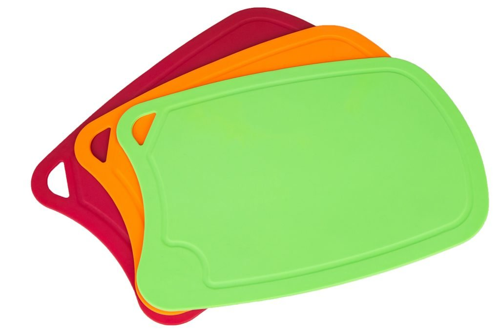 Colored cutting boards made of plastic